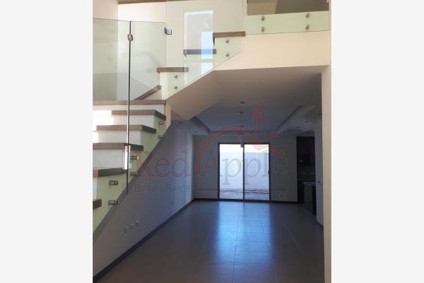Foto de casa en venta en avenida paseo de los pirineos 001, valle escondido, chihuahua, chihuahua, 6171574 No. 02
