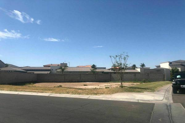 Foto de terreno habitacional en venta en avenida san diego y privada san bernardo , san pedro residencial, mexicali, baja california, 20382213 No. 01