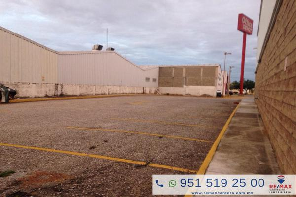 Foto de terreno comercial en renta en avenida universidad , agencia municipal candiani, oaxaca de juárez, oaxaca, 8704160 No. 02