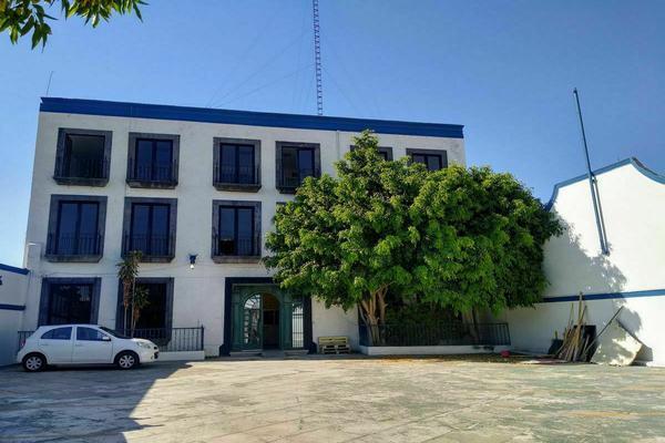 Foto de edificio en renta en avenida universidad oriente , universidad, querétaro, querétaro, 0 No. 02