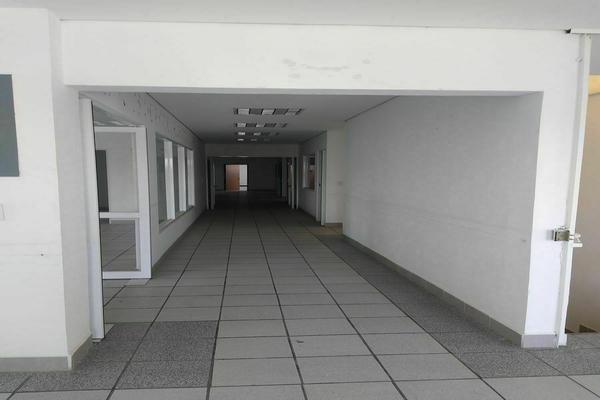 Foto de edificio en renta en avenida universidad oriente , universidad, querétaro, querétaro, 0 No. 04