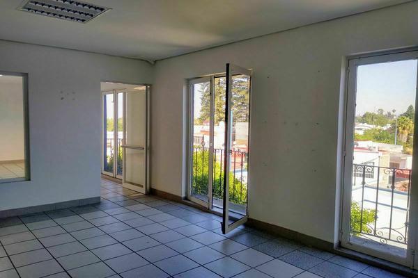 Foto de edificio en renta en avenida universidad oriente , universidad, querétaro, querétaro, 0 No. 05