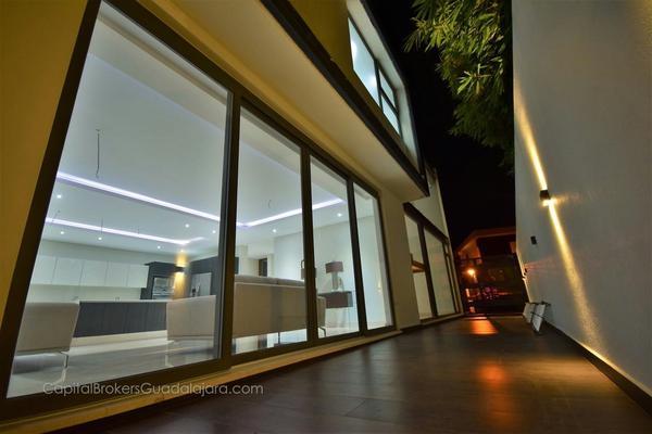 Foto de casa en venta en avenida universidad , puerta del bosque, zapopan, jalisco, 5905760 No. 04