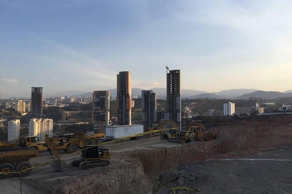 Foto de terreno industrial en venta en avenida vista real , bosque real, huixquilucan, méxico, 5891225 No. 02