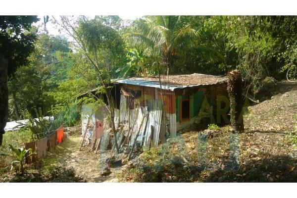 Foto de terreno habitacional en venta en  , azteca, tuxpan, veracruz de ignacio de la llave, 5811289 No. 02