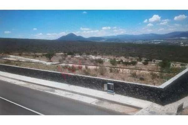 Foto de terreno habitacional en venta en b tanami , vista real y country club, corregidora, querétaro, 5945771 No. 02