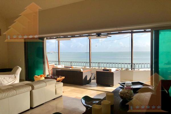 Foto de departamento en venta en  , bahía dorada, benito juárez, quintana roo, 12445357 No. 01
