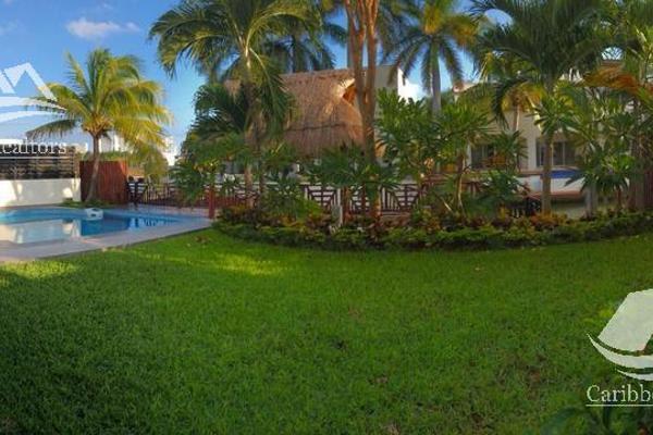 Foto de casa en venta en  , bahía dorada, benito juárez, quintana roo, 0 No. 02