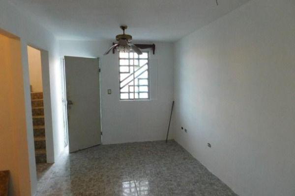 Foto de casa en venta en  , balcones de alcalá, reynosa, tamaulipas, 7960420 No. 03