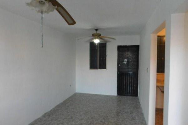 Foto de casa en venta en  , balcones de alcalá, reynosa, tamaulipas, 7960420 No. 04