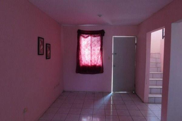Foto de casa en venta en  , balcones de alcalá, reynosa, tamaulipas, 7960648 No. 02