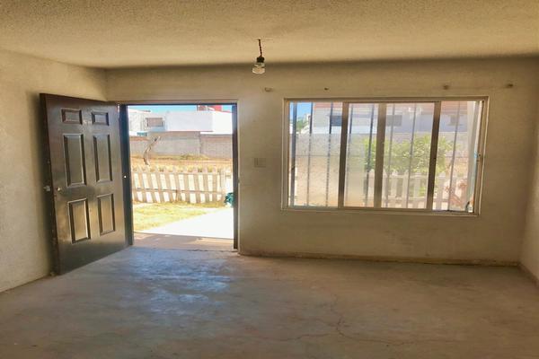 Foto de casa en venta en  , balcones de santa fé, guanajuato, guanajuato, 19589716 No. 03