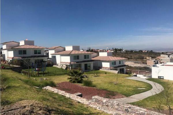 Foto de casa en venta en  , balcones de vista real, corregidora, querétaro, 9311441 No. 02