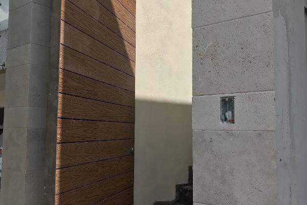 Foto de casa en venta en  , balcones del campestre, san pedro garza garcía, nuevo león, 12272746 No. 02