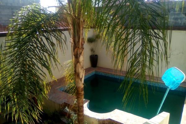 Foto de casa en venta en  , balcones del valle, san luis potosí, san luis potosí, 14031278 No. 01