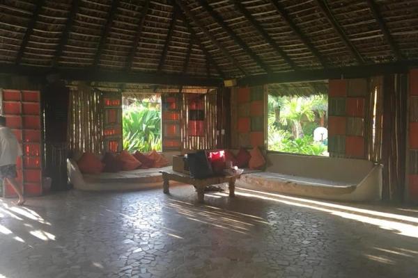 Foto de edificio en venta en  , barra vieja, acapulco de juárez, guerrero, 5691888 No. 02