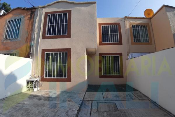 Foto de casa en renta en  , bella vista, poza rica de hidalgo, veracruz de ignacio de la llave, 8153772 No. 02