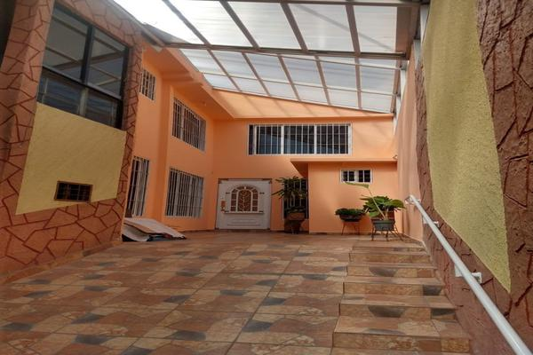 Foto de casa en venta en benito juarez , niños heroes , san mateo oxtotitlán, toluca, méxico, 19809201 No. 01