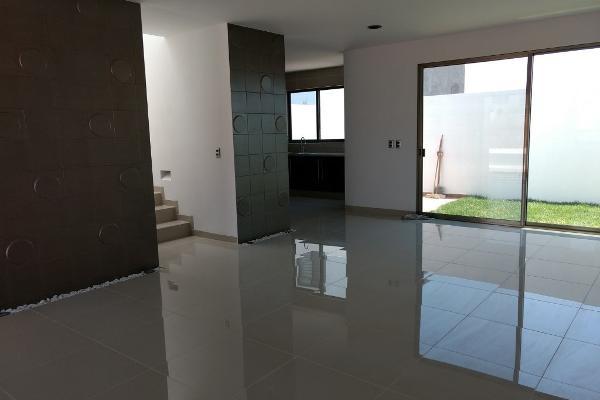 Foto de casa en venta en bojail , residencial el refugio, querétaro, querétaro, 14037311 No. 02