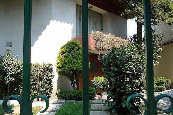 Foto de casa en venta en  , bosque de las lomas, miguel hidalgo, distrito federal, 5682553 No. 01