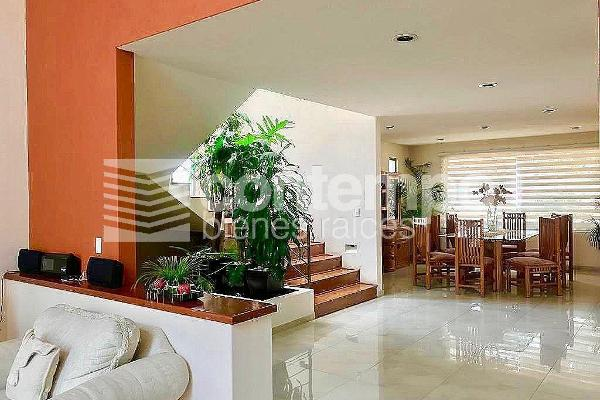 Foto de casa en venta en  , bosque esmeralda, atizapán de zaragoza, méxico, 14024719 No. 03