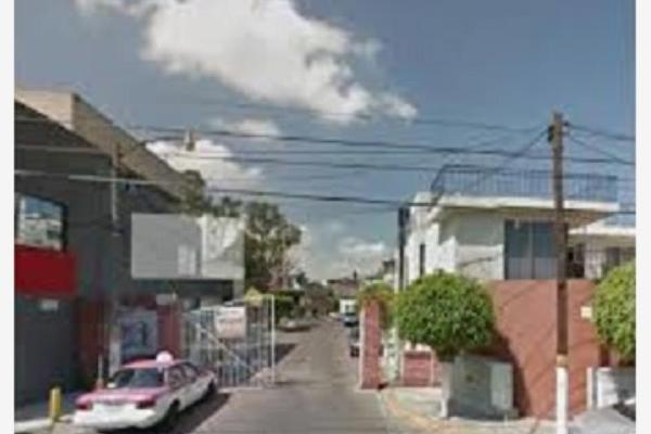 Foto de casa en venta en  , bosques de aragón, nezahualcóyotl, méxico, 3566374 No. 01