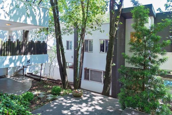 Foto de casa en venta en  , bosques de san ángel sector palmillas, san pedro garza garcía, nuevo león, 16325594 No. 02