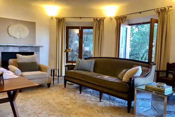 Foto de casa en venta en  , bosques de san ángel sector palmillas, san pedro garza garcía, nuevo león, 17364281 No. 02