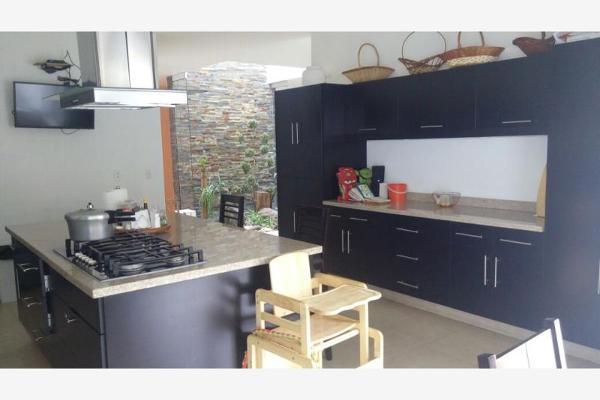Foto de casa en venta en  , bosques del lago, cuautitl?n izcalli, m?xico, 5672328 No. 02