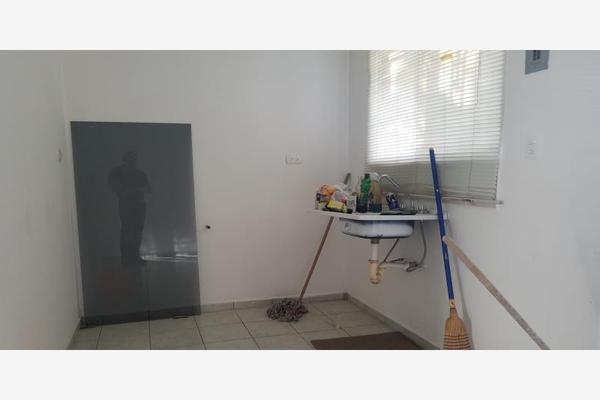 Foto de casa en venta en bosques del peral 204, bosques de san miguel, apodaca, nuevo león, 10150585 No. 02