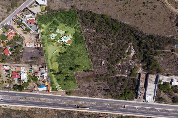 Foto de terreno habitacional en venta en boulevar corregidora , cañadas del lago, corregidora, querétaro, 14033730 No. 01