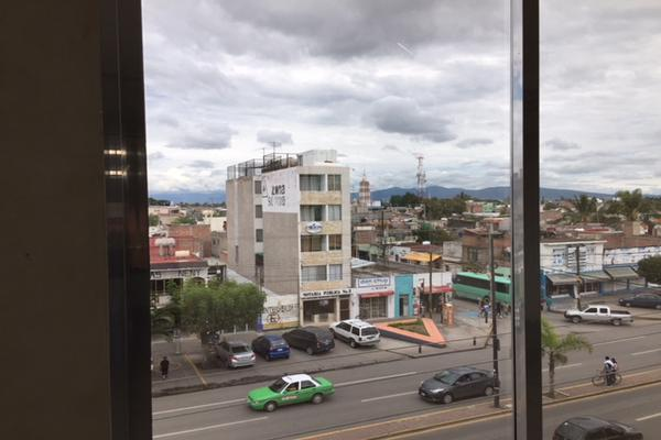 Foto de edificio en renta en boulevard adolfo lopez mateos , celaya centro, celaya, guanajuato, 5640403 No. 05