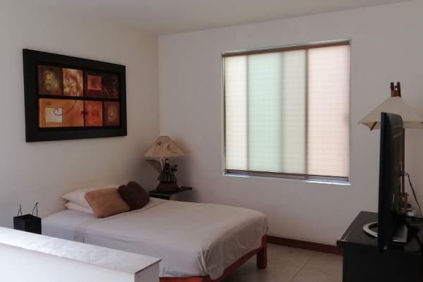 Foto de casa en venta en boulevard asturias 200, solares, zapopan, jalisco, 8869624 No. 02