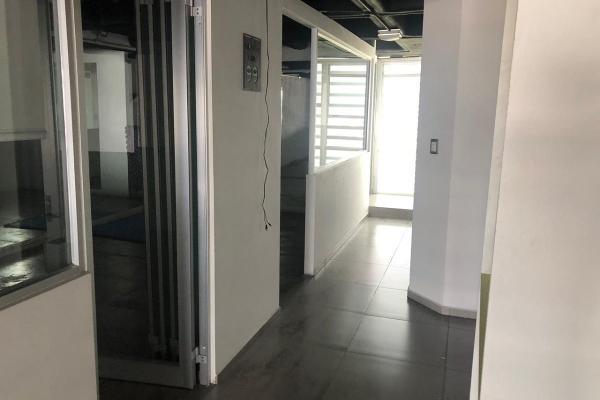 Foto de oficina en venta en boulevard bernardo quintana , centro sur, querétaro, querétaro, 14021215 No. 02