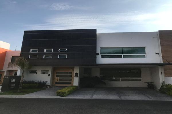 Foto de casa en venta en boulevard centro sur, claustros del sur , centro sur, querétaro, querétaro, 14021203 No. 01