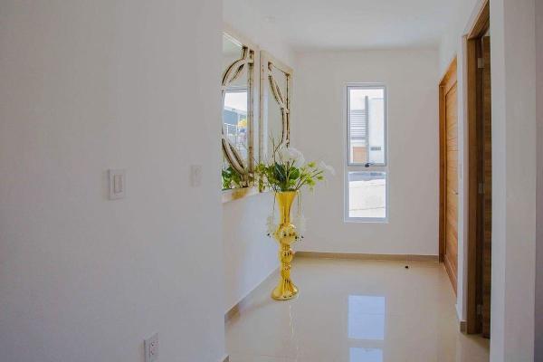 Foto de casa en venta en boulevard de los volcanes sur , santa clara ocoyucan, ocoyucan, puebla, 3155782 No. 03