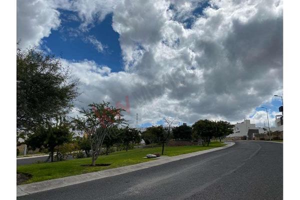Foto de terreno habitacional en venta en boulevard esmeralda #6 , talavera, corregidora, querétaro, 9938430 No. 01