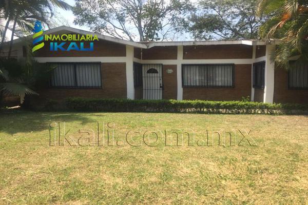 Foto de casa en venta en boulevard reyes garcía esquina con 20 de noviembre , metlaltoyuca, francisco z. mena, puebla, 15339624 No. 01