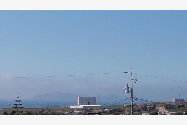 Foto de terreno habitacional en venta en calle martin moreno y boulevard hinsense 0, benito juárez, playas de rosarito, baja california, 6160229 No. 01