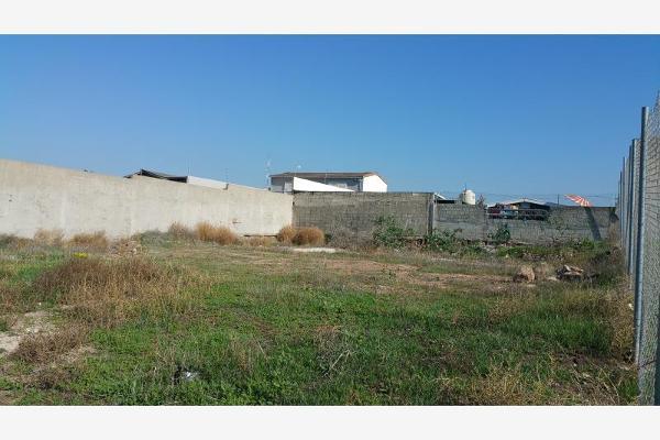 Foto de terreno habitacional en venta en calle martin moreno y boulevard hinsense 0, benito juárez, playas de rosarito, baja california, 6160229 No. 03