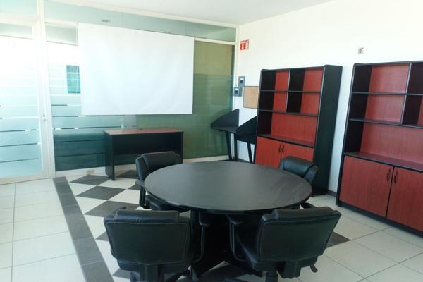 Foto de oficina en renta en boulevard yacimiento , valle antigua, león, guanajuato, 0 No. 02