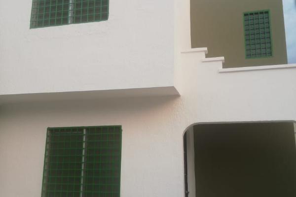 Foto de casa en renta en  , boulevares de chuburna, mérida, yucatán, 14038900 No. 01