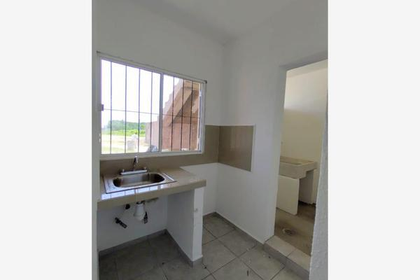 Foto de departamento en venta en  , buenavista, villa de álvarez, colima, 13358978 No. 02