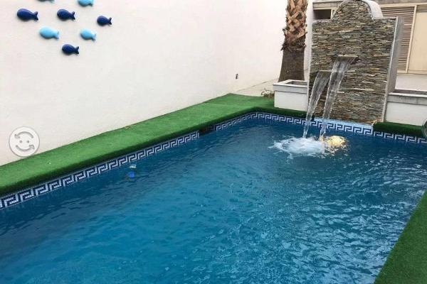 Foto de casa en venta en  , bugambilias, saltillo, coahuila de zaragoza, 5915852 No. 02