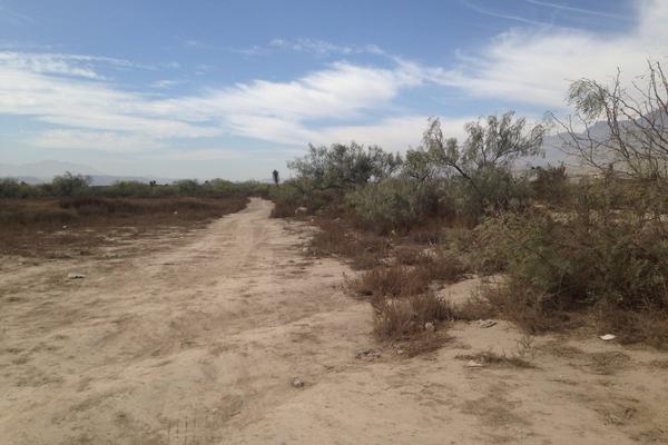 Foto de terreno habitacional en venta en bulevard valencia , la fuente 2a ampliación, saltillo, coahuila de zaragoza, 8380654 No. 02