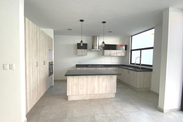 Foto de casa en venta en caamino real cholula momoxpan , rincón de la arborada, san pedro cholula, puebla, 20156458 No. 02