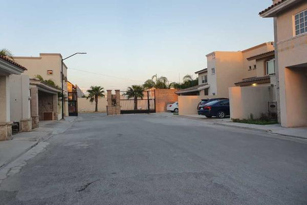 Foto de casa en venta en cadiz , torreón residencial, torreón, coahuila de zaragoza, 7506470 No. 02