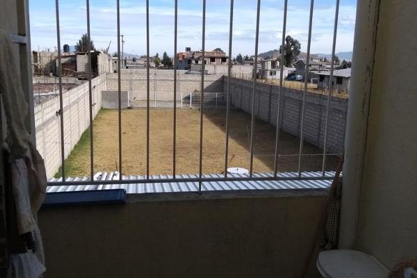 Foto de casa en venta en  , san cristóbal huichochitlán, toluca, méxico, 4480006 No. 03