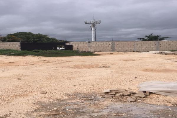 Foto de terreno habitacional en venta en  , caleta, carmen, campeche, 14036831 No. 11