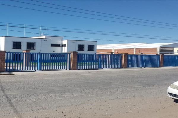 Foto de nave industrial en venta en calle 3 , gobernantes, querétaro, querétaro, 14020870 No. 02